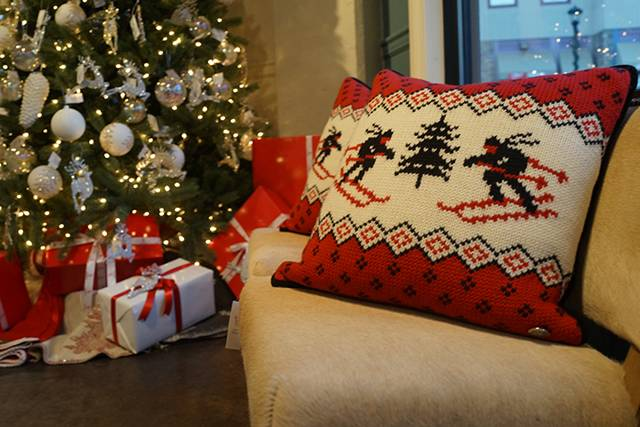 tree knit pillows 003